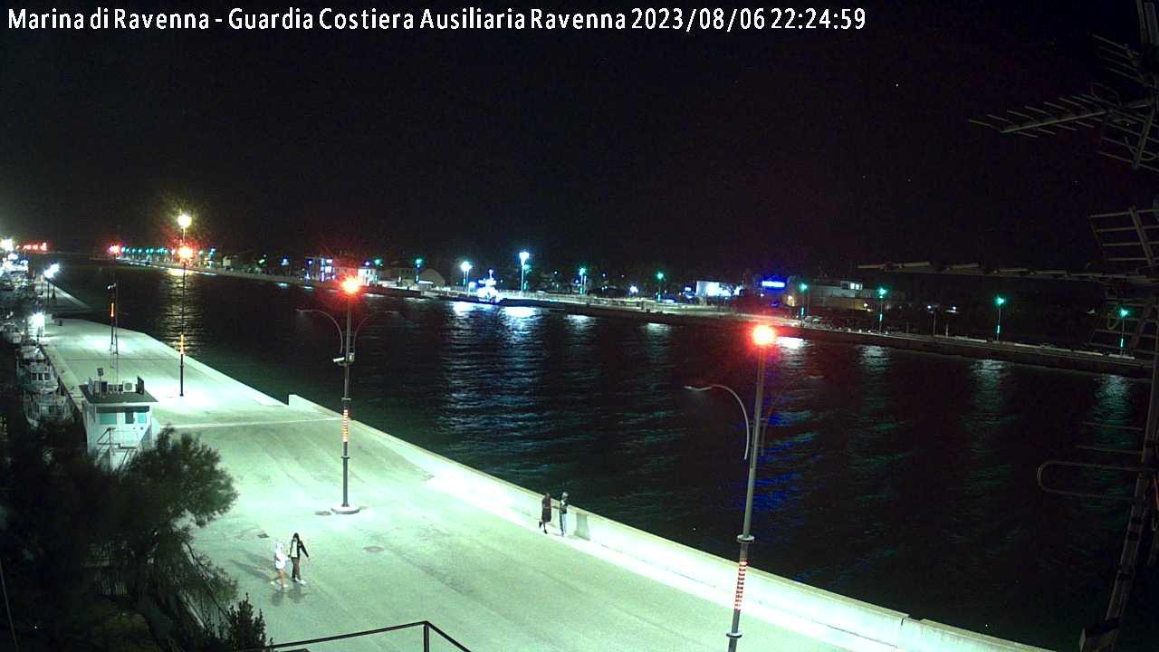 Web Marina di Ravenna Molo Dalmazia verso ovest