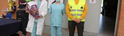 A sx Dott. Federico Lauria, resonsabile del centro vaccinazioni, al centro una rappresentante del servizio sanitario, a dx il Presidente GCA Angelini